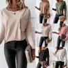 Dámske oblečenie - dámske módne tričko s vreckom a dlhým rukávom - dámska tričká - tričká - dámska blúzka