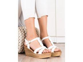 Výborné biele dámske sandále na kline