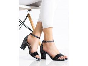 Jedinečné dámske sandále