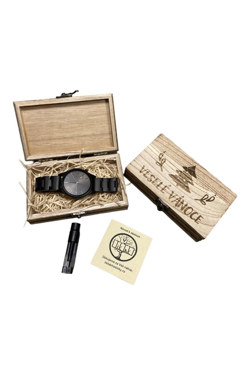 Malá dřevěná krabička pro hodinky