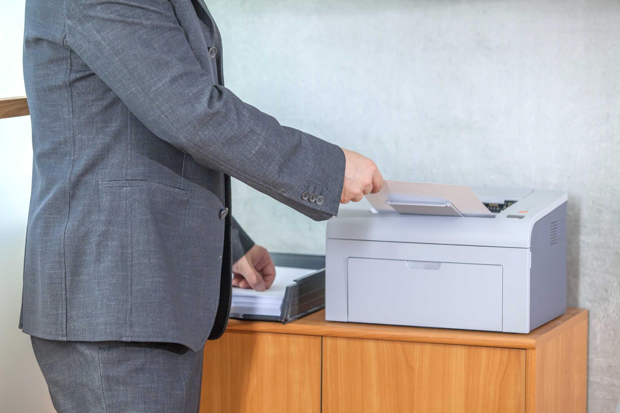 Jak nejlépe skladovat inkoustové náplně do tiskáren?