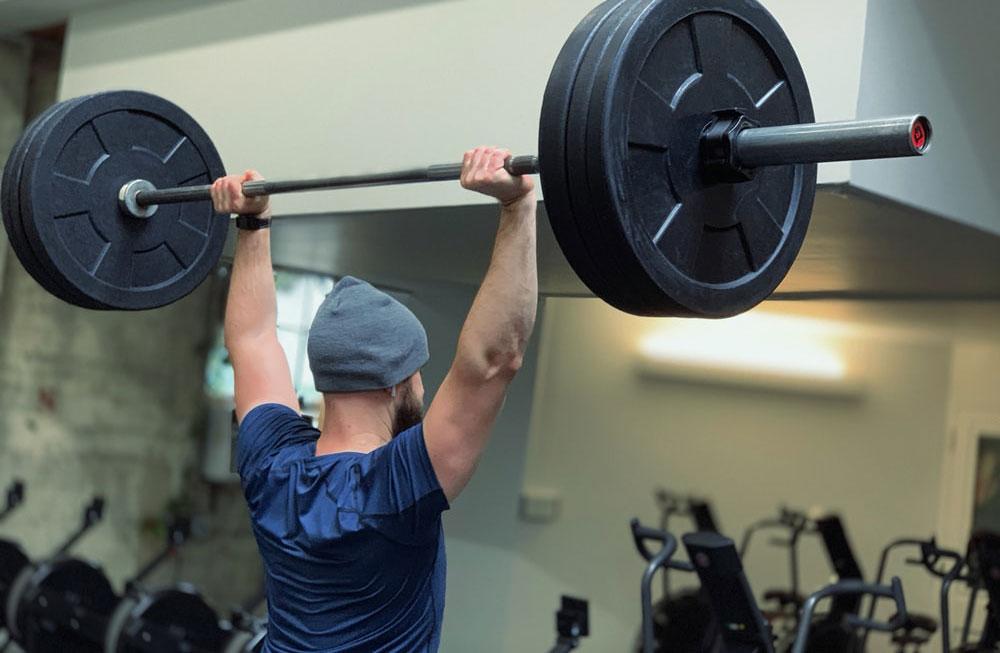 Fitness tréningový plán pre začiatočníkov