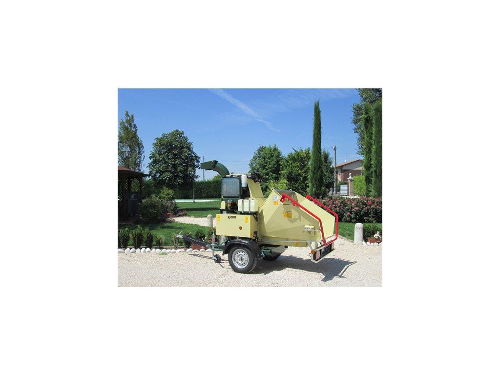 Profesionální benzínový drtič Negri bio R280BH21OTRGN (Honda, silniční podvozek)