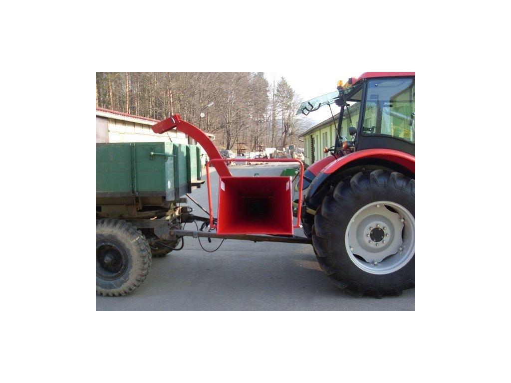 PIRANA - štěpkovač za traktor s možností připojení vlečky