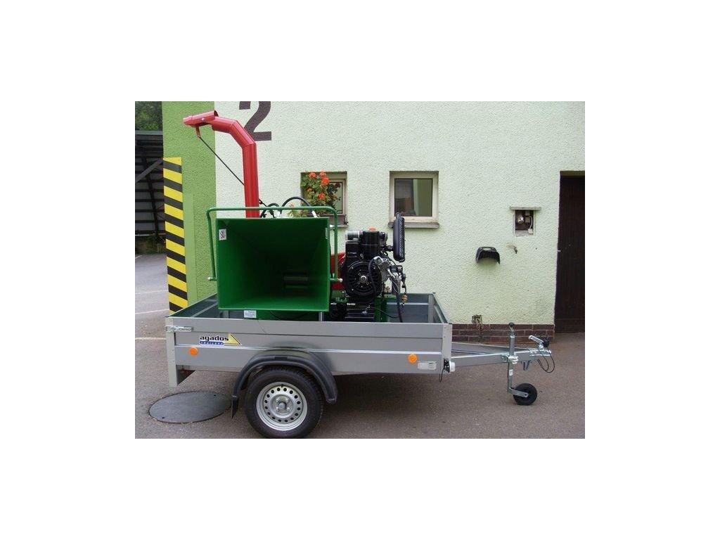 MURÉNA - drtič s dieslovým motorem Lombardini 32 HP na podvozku