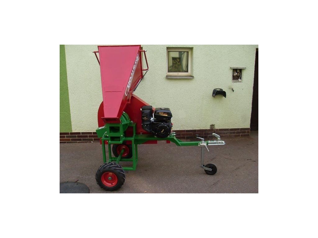 PIRANA Longa - špalíkovač s motorem Kohler 14HP na terénních kolech 410x160mm za tažné zařízení