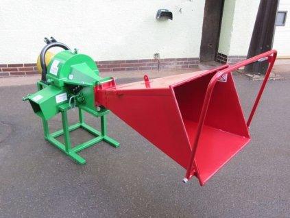 PIRANA Longa - špalíkovač za traktor