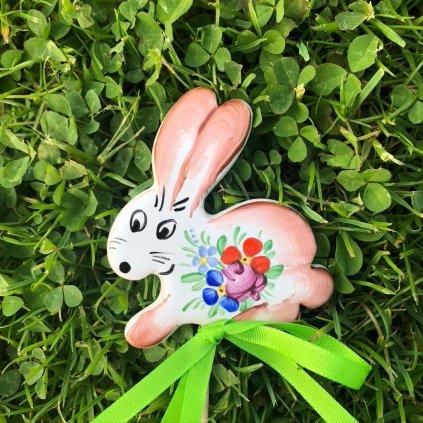 Zápich do květináče - Králíček, chodská keramika