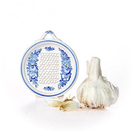 Struhadlo na česnek, modrá chodská keramika
