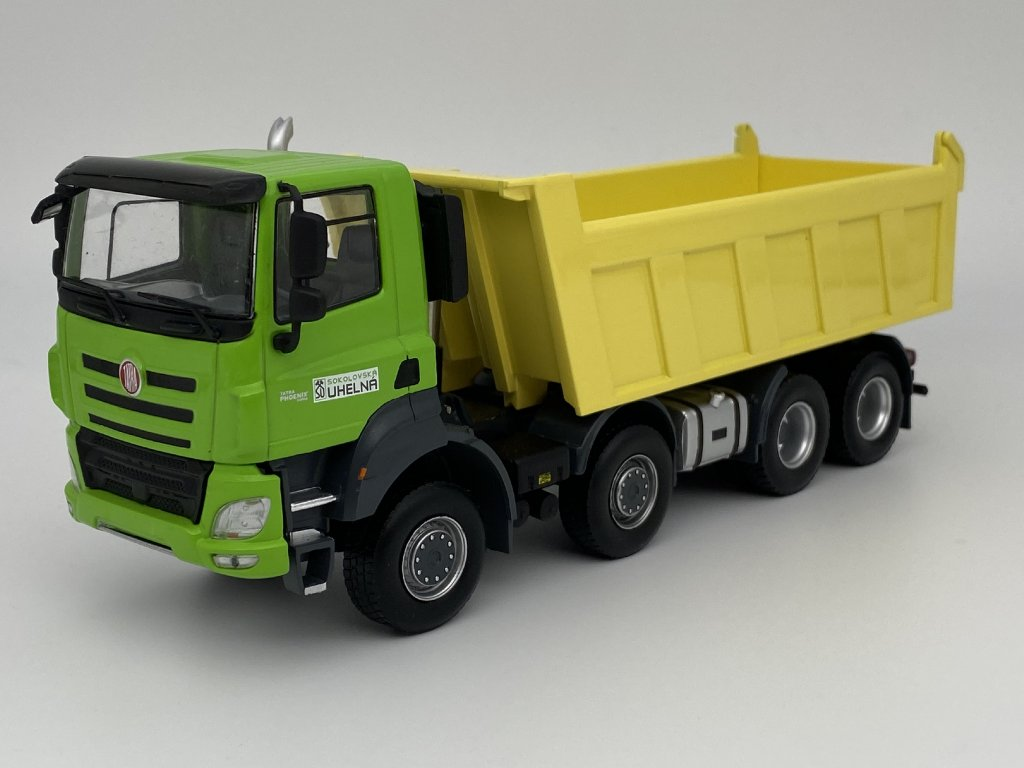 Tatra Phoenix Sokolovská uhelná zelená/žlutá 1:43 IXO