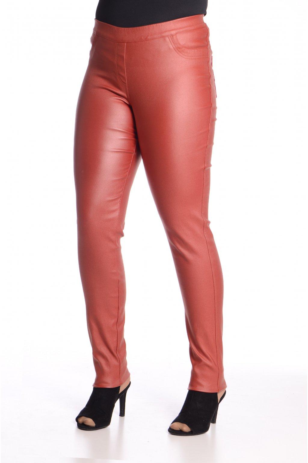 64T Kalhoty koženka cihlová o142 (1)