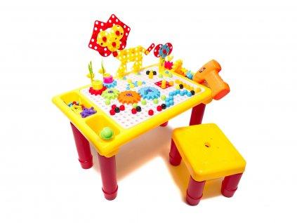 detska stavebnice se stolem a vrtackou