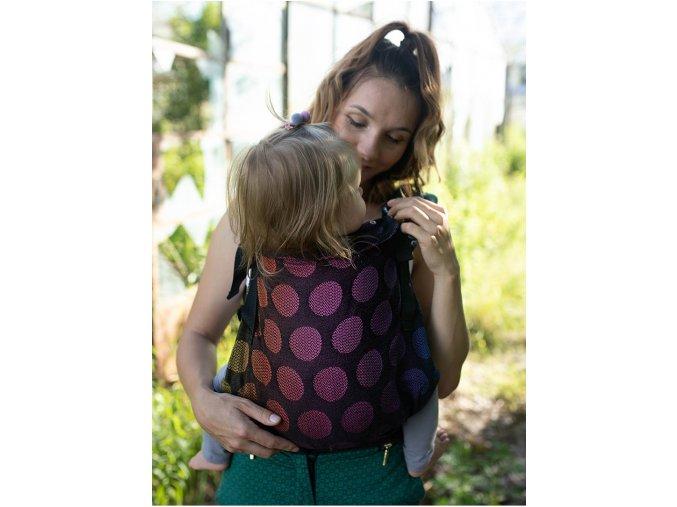 Kinder Hop Rostoucí ergonomické nosítko Multi Grow Dots Rainbow 100% bavlna, žakár 4
