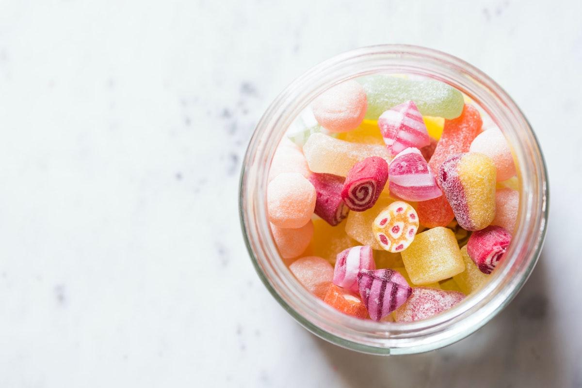 Vliv přílišné konzumace cukru na vaše zdraví a zuby