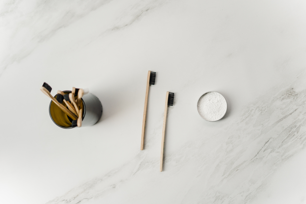 wooden-toothbrush-3737581