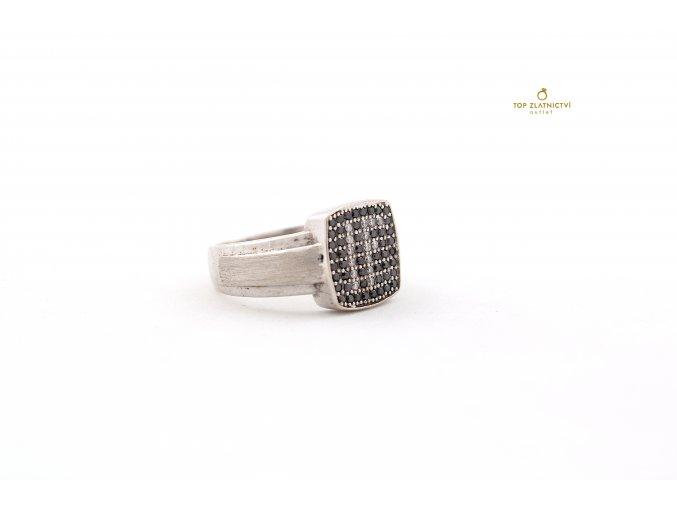 Zlatý prsten s diamanty 8.05g