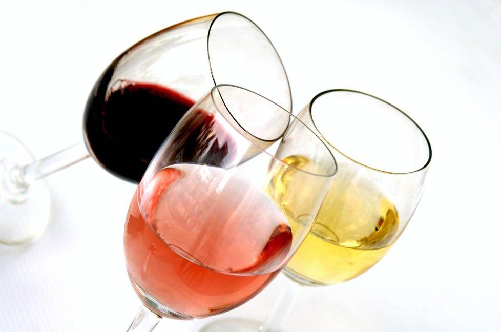 vino-bile-ruzove-cervene
