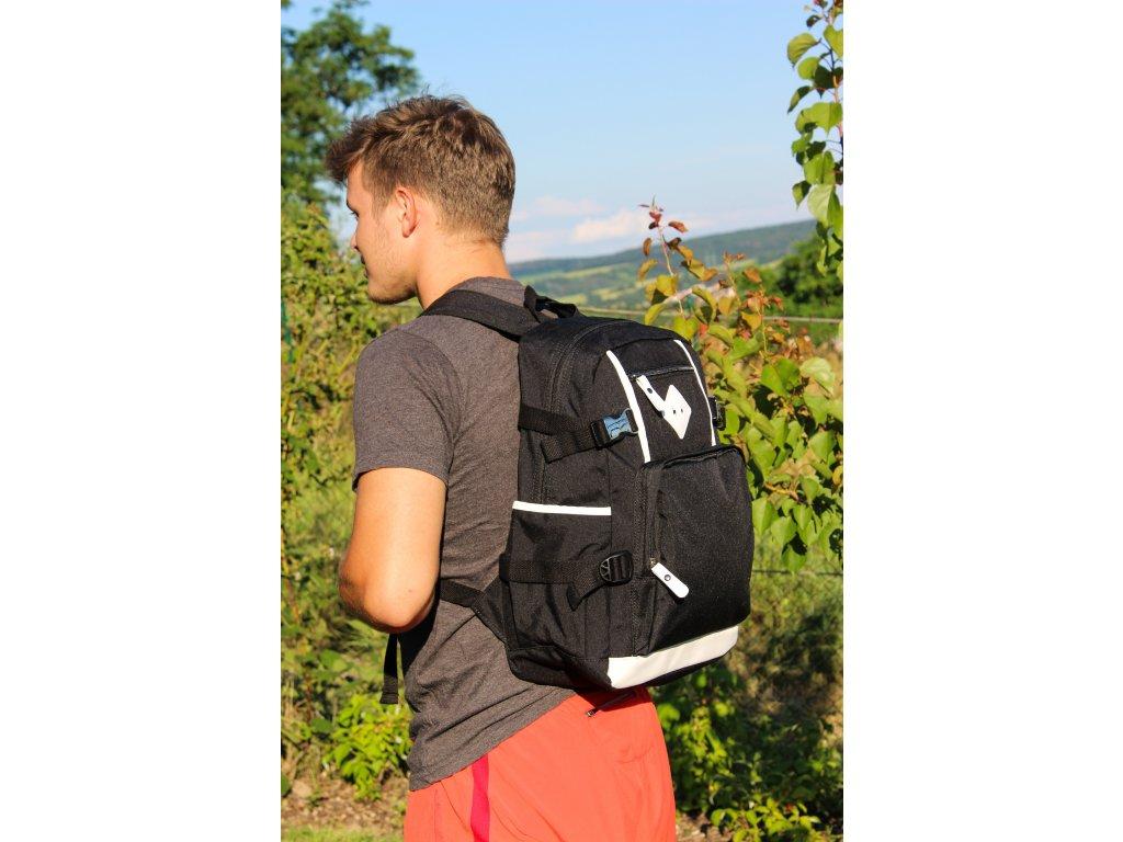 Unisex školní batoh TopBags Leisure - Black 19 l.