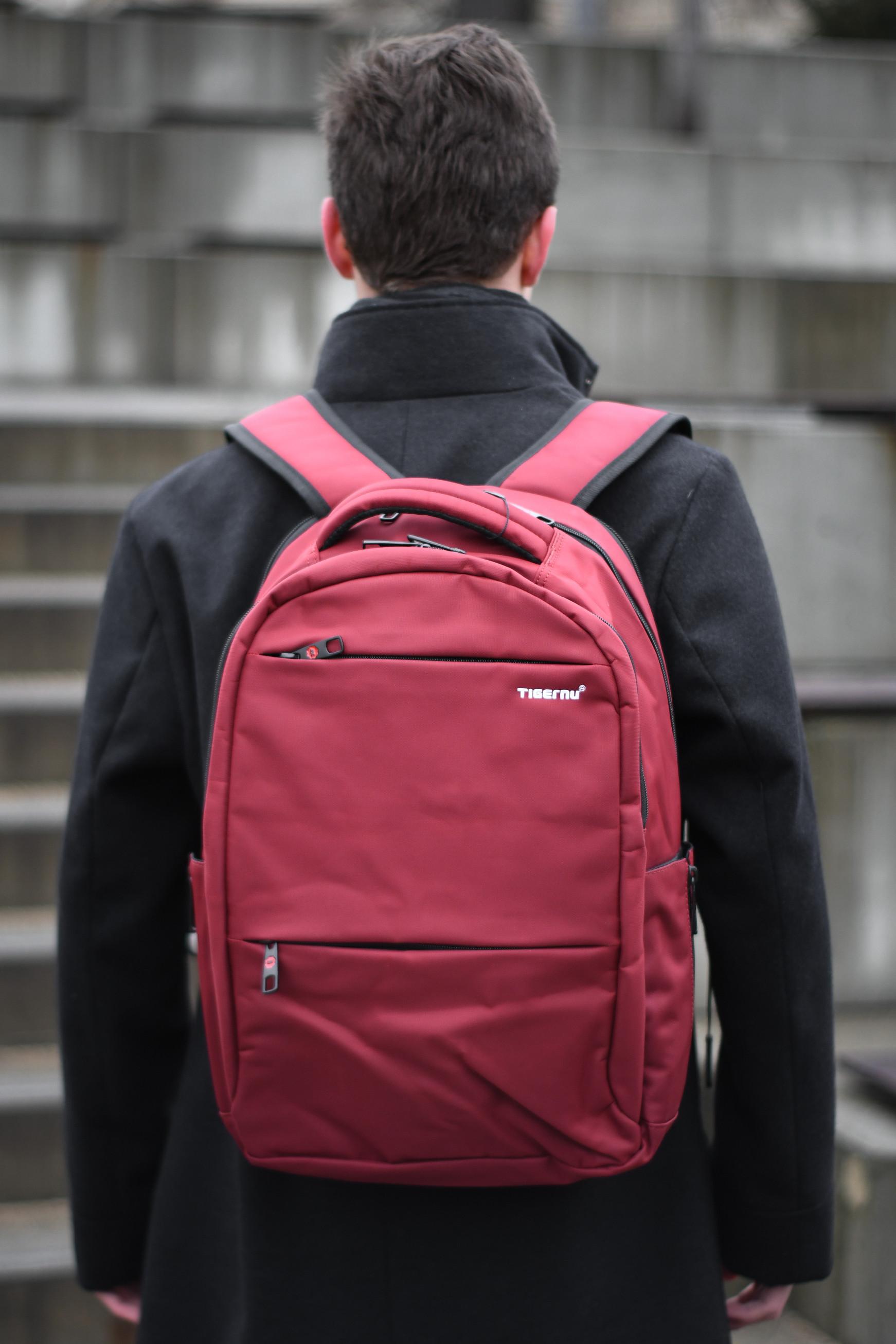 Unisex studentský batoh Tigernu 3032A Červený