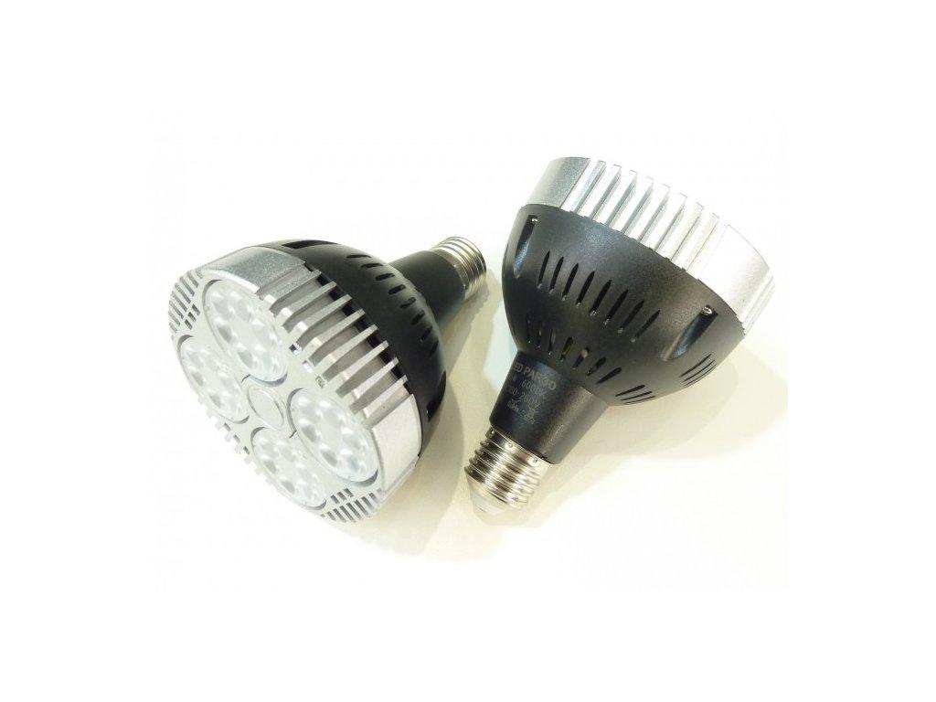 LED žárovka PAR30 35W E27 230V studená bílá 032603 do lištového třífázového svítidla Track light 3F s paticí E27 Závit E27 Barva světla 6.000K studená bílá Svítivost až 3.500 Lm Náhrada za 200W halogen Cena 490 Kč.  TopLux Osvětlení Praha skladem na prodejně nízká cena levně