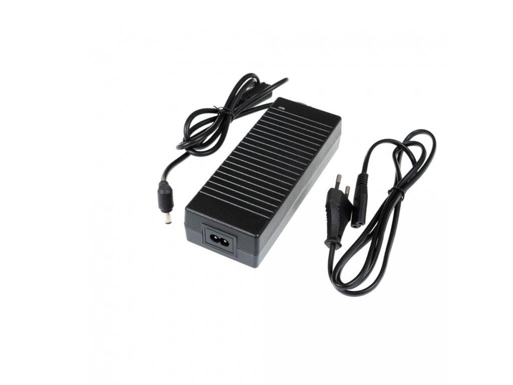 LED zdroj zásuvkový 12V 120W černý s kabelem