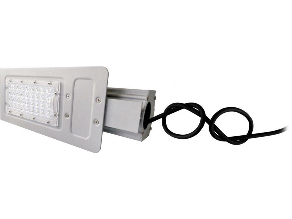 LED VO pouliční lampa BOSTON 30W neutrální/denní LED veřejné osvětlení stříbrné, výložník 60mm. TopLux Praha skladem
