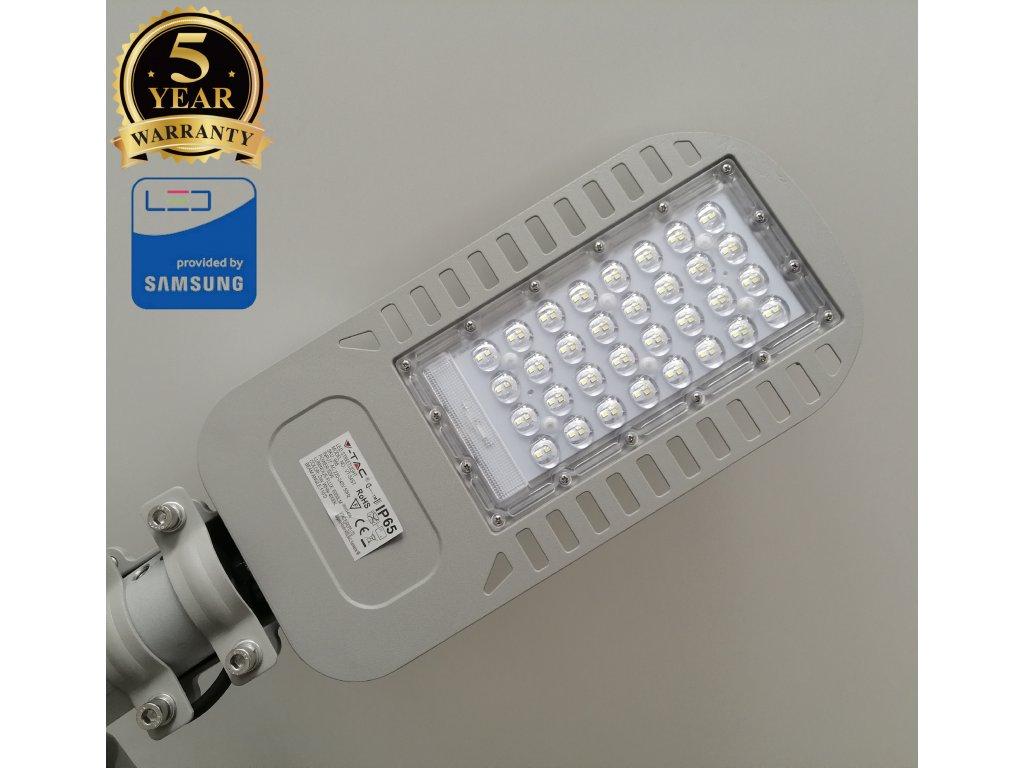 LED pouliční lampa V-TAC 50W neutrální bílá SLIM věřejné osvětlení - 5 let záruka. TopLux Praha skladem