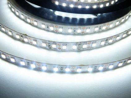 LED pásek 12V 12W dlouhá životnost vysoká kvalita a svítivost bez úbytků svítivosti 6000K studená bílá TopLux Osvětlení Praha skladem na prodejně
