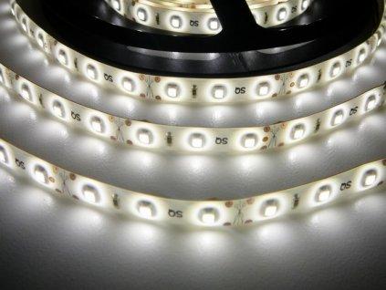 LED pásek 12V 4,8W dlouhá životnost vysoká kvalita a svítivost bez úbytků svítivosti 4000K denní bílá TopLux Osvětlení Praha skladem na prodejně