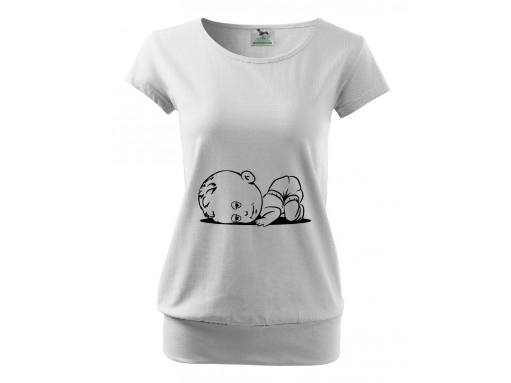 těhotenské bílé tričko miminko spí