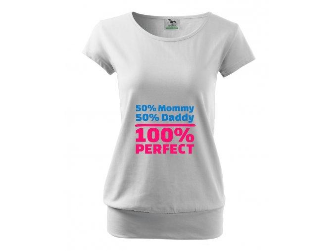 těhotenské bílé tričko půlka z mámy, půlka z táty