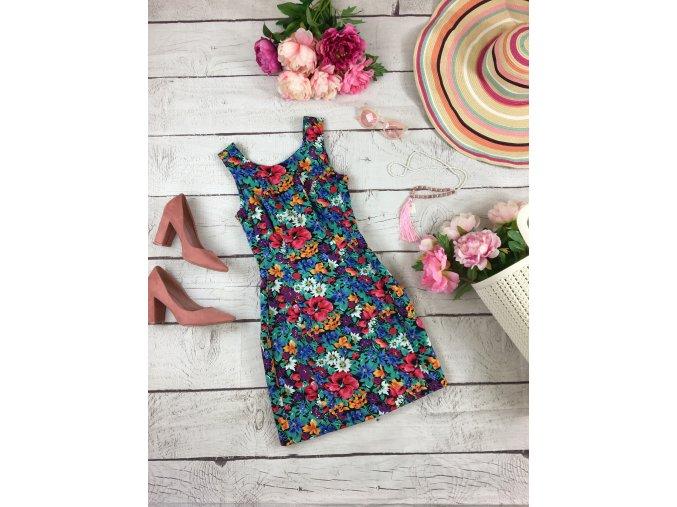 Květinové šaty Lipsy