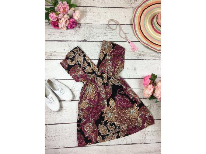 Krátké šaty s kašmírovým vzorem