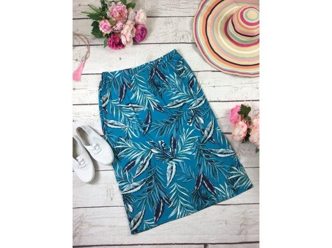 Dlouhá modrá sukně s listy