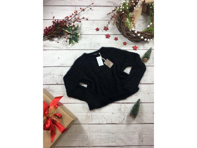 Černý chlupatý svetr NOVÉ