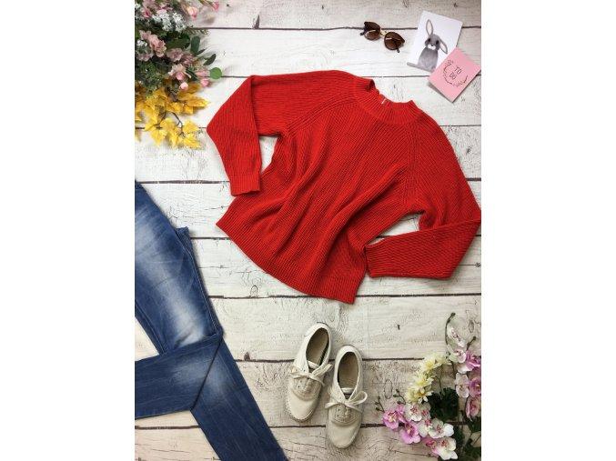 Červený svetr H&M