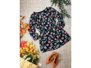 Šaty s květy Atmosphere