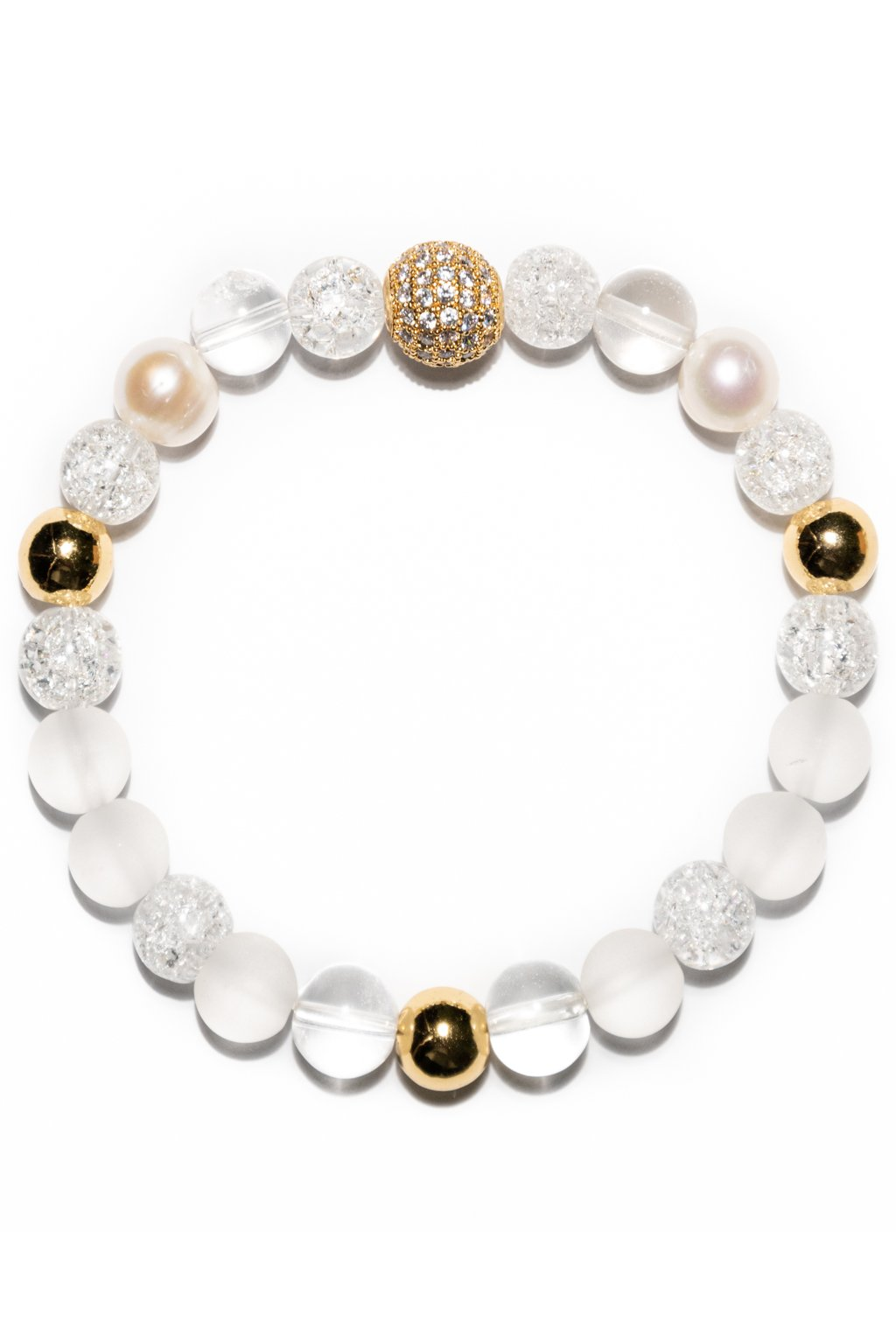 Dámsky náramok z minerálov krištáľ, riečna perla, doplnený zlatými nerezovými guľkami a mosadzným komponentom v zlatej úprave s vkladanými CZ zirkómni