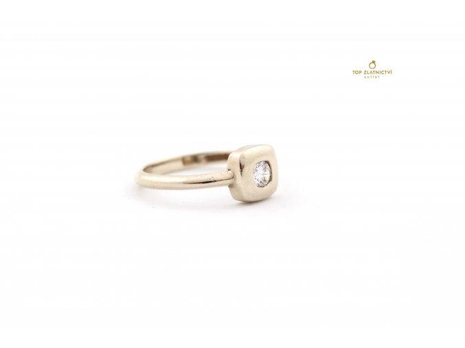 Zlatý prsten 2.50g