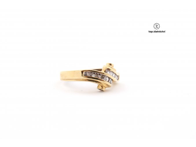 Zlatý prsten s diamanty 3.11g