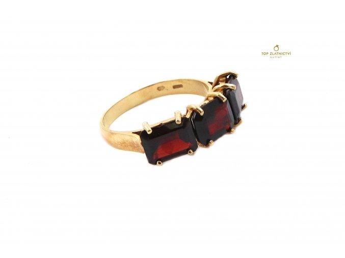 Zlatý prsten 4.27g