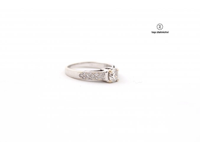 Zlatý prsten s diamanty 2.97g