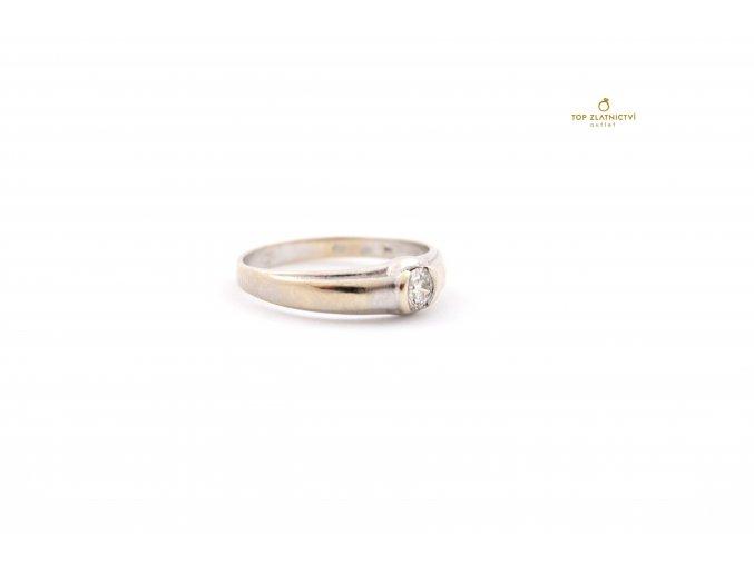 Zlatý prsten s diamantem 2.69g