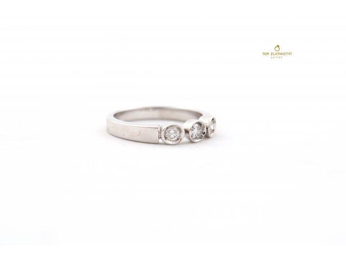 Zlatý prsten s diamanty 4.57g