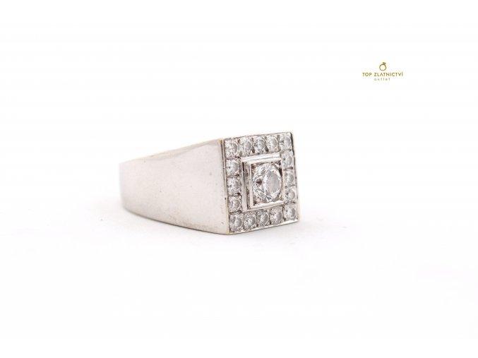 Zlatý prsten s diamanty 18.04g