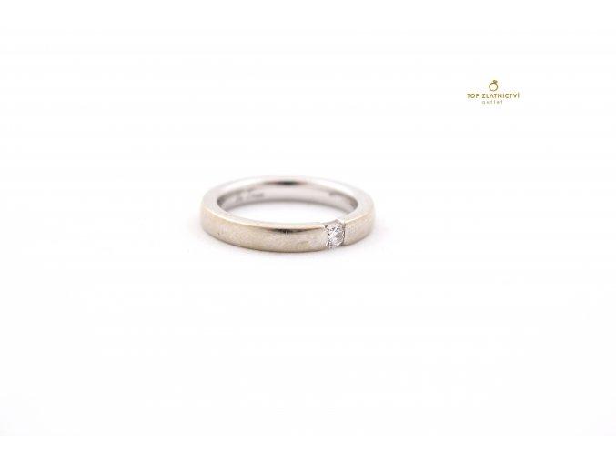 Zlatý prsten s diamantem 3.76g