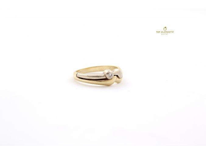 Zlatý prsten 3.84g