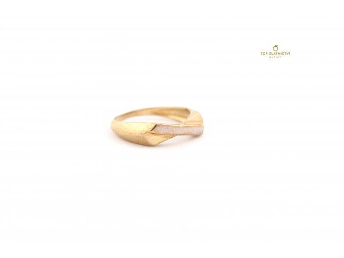Zlatý prsten 2.74g