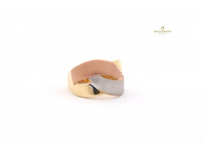 Zlatý prsten 3.64g