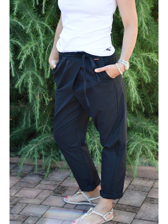 Kalhoty MÁJA černé